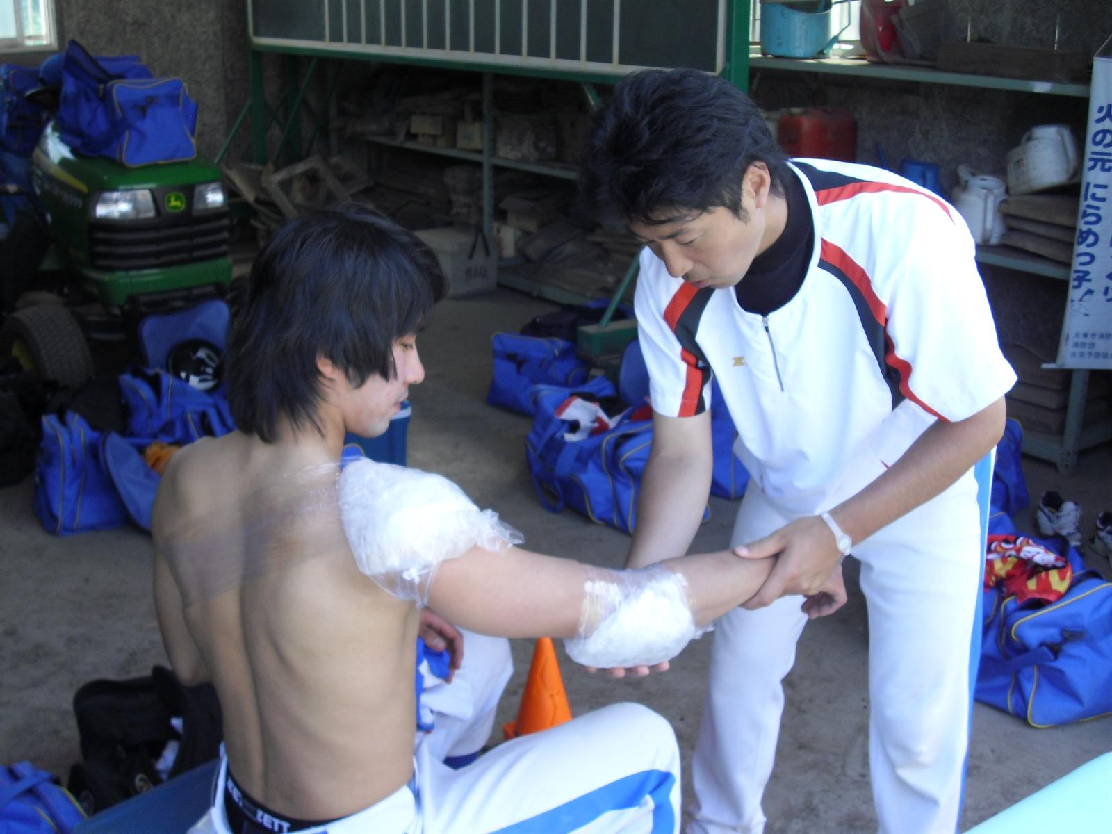 少年野球(ボーイズリーグ)でコーチ・トレーナーとして活動